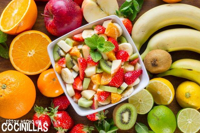 Macedonia de frutas (ensalada de frutas con limón)