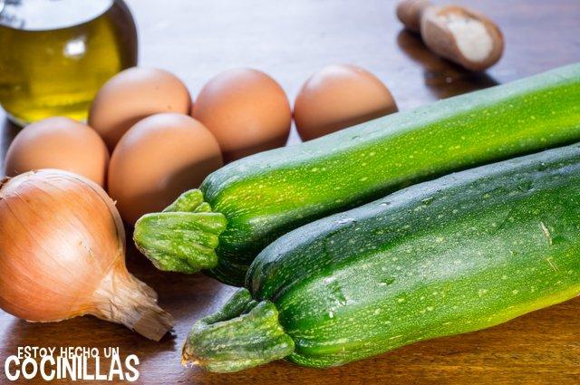 Tortilla de calabacín y cebolla (ingredientes)