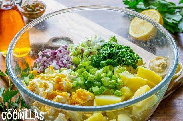 Ensalada de patata americana (mezclar)