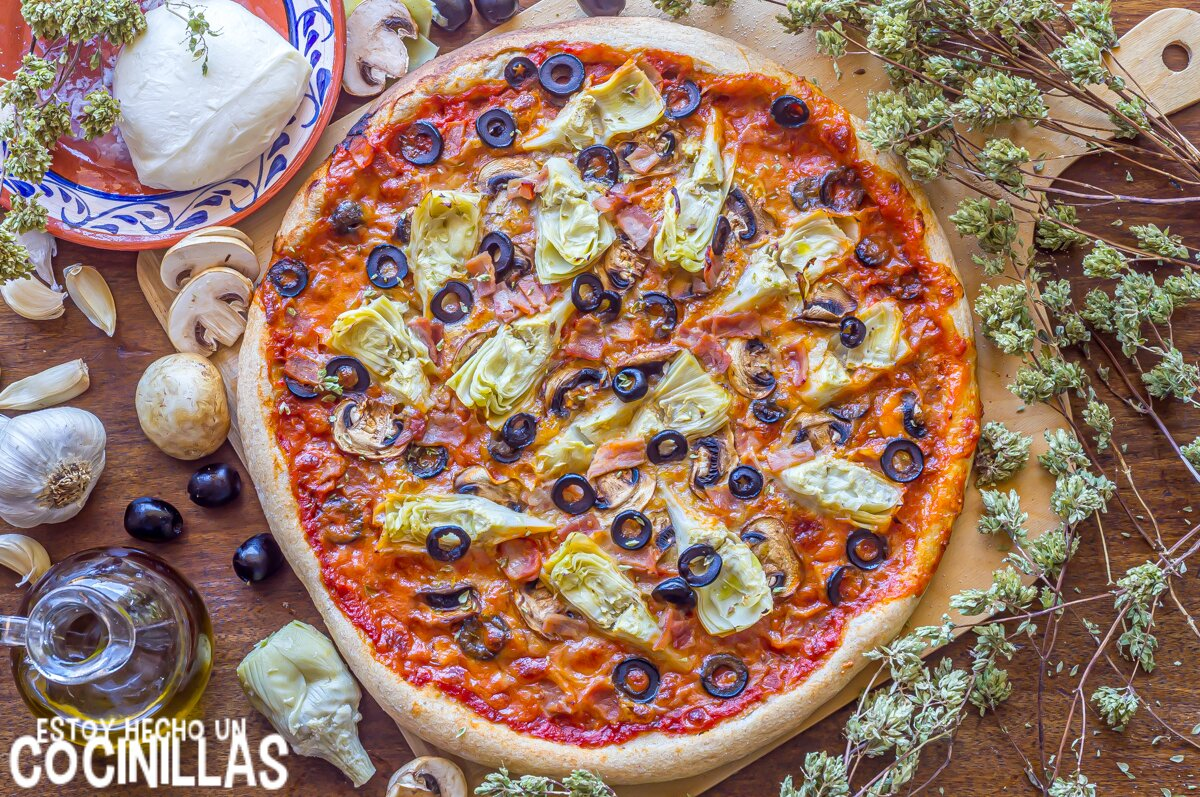 Pizza con alcachofa