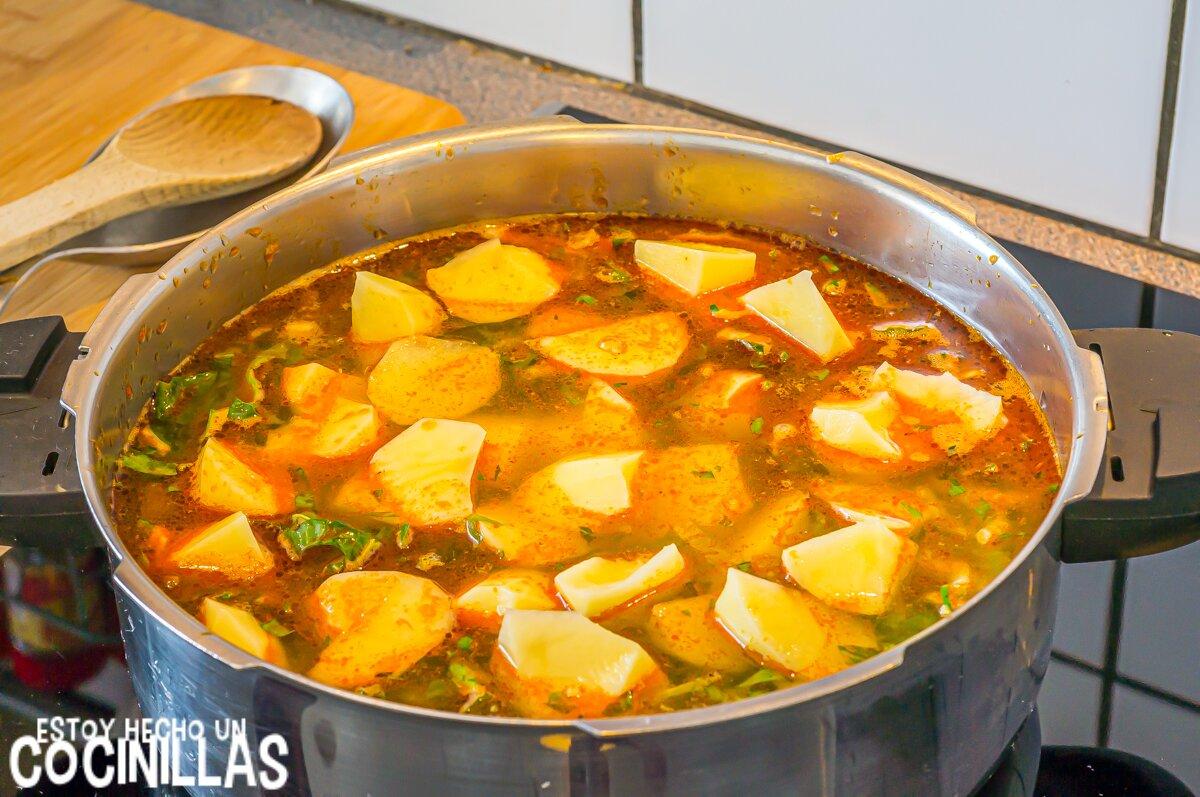 Arroz con acelgas, patatas y alubias