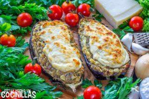 Berenjenas rellenas de pollo con bechamel y queso
