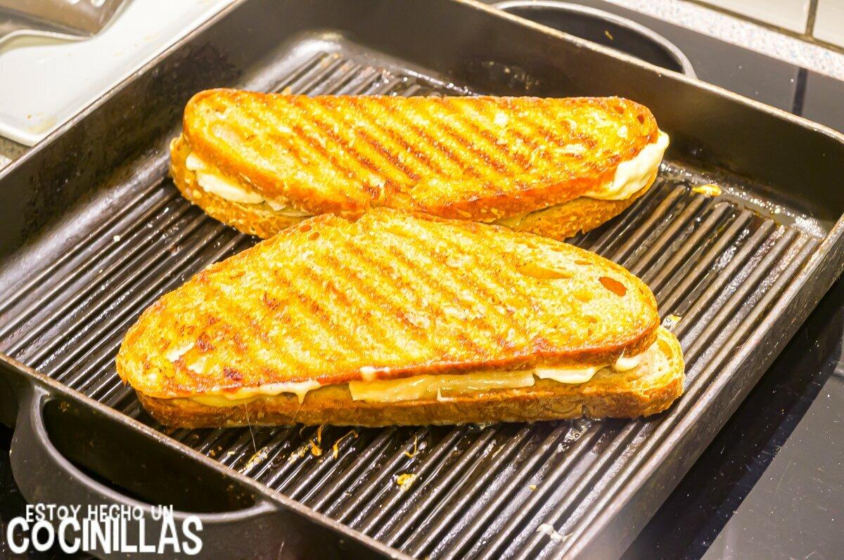 Sándwich de queso a la plancha
