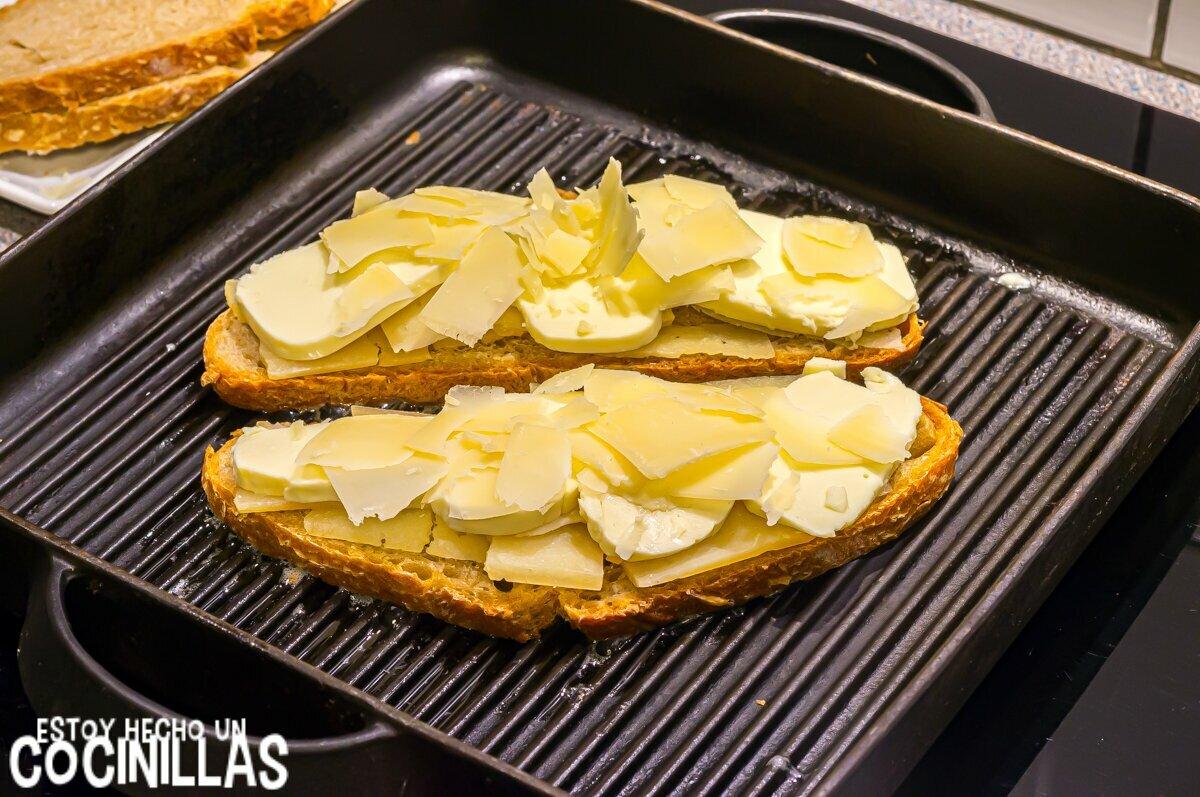 Sándwich de queso estilo americano