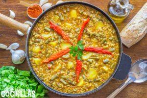 Arroz caldoso con verduras y patatas