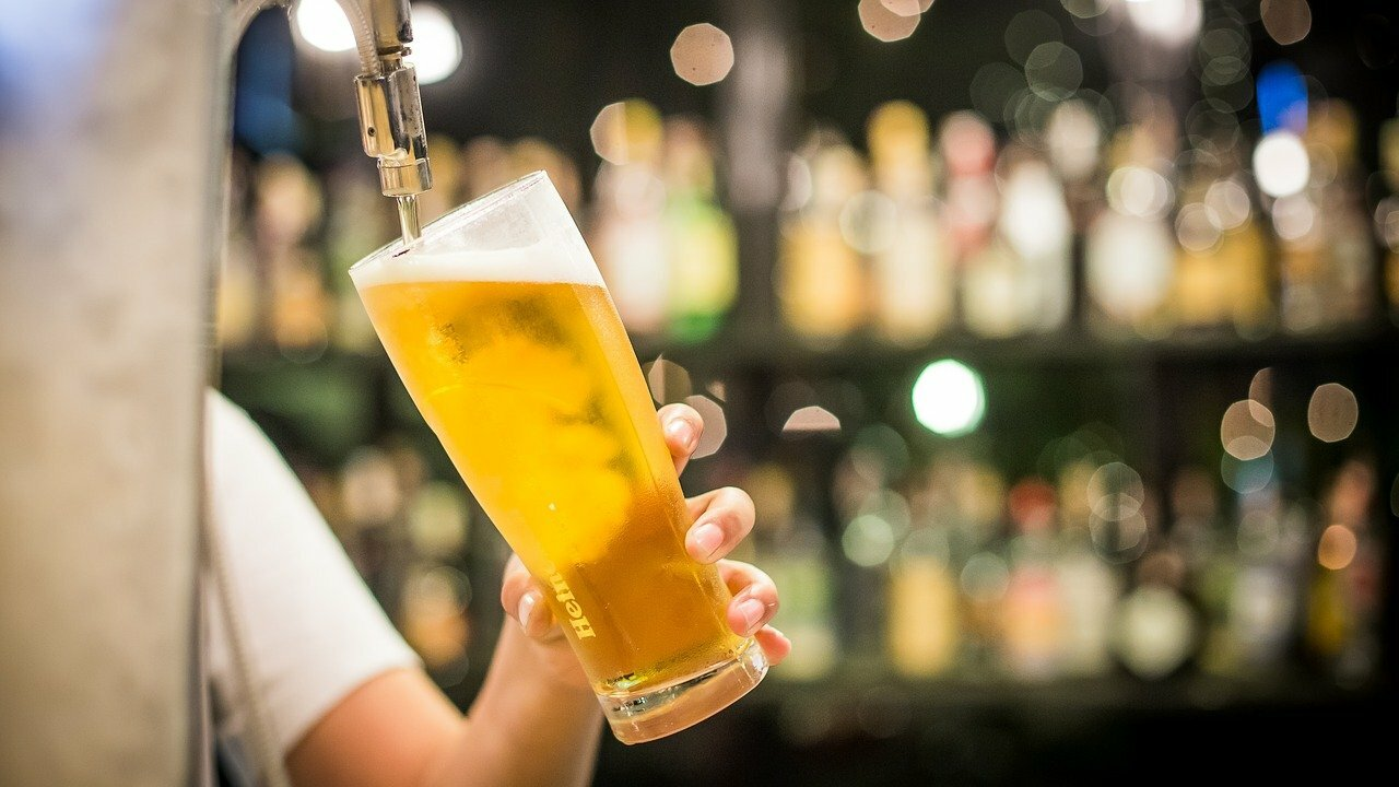 Cerveza rubia ligera tipo lager