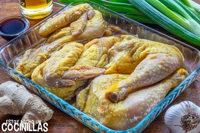 Ingredientes pollo al horno marinado con soja, ajo y jengibre