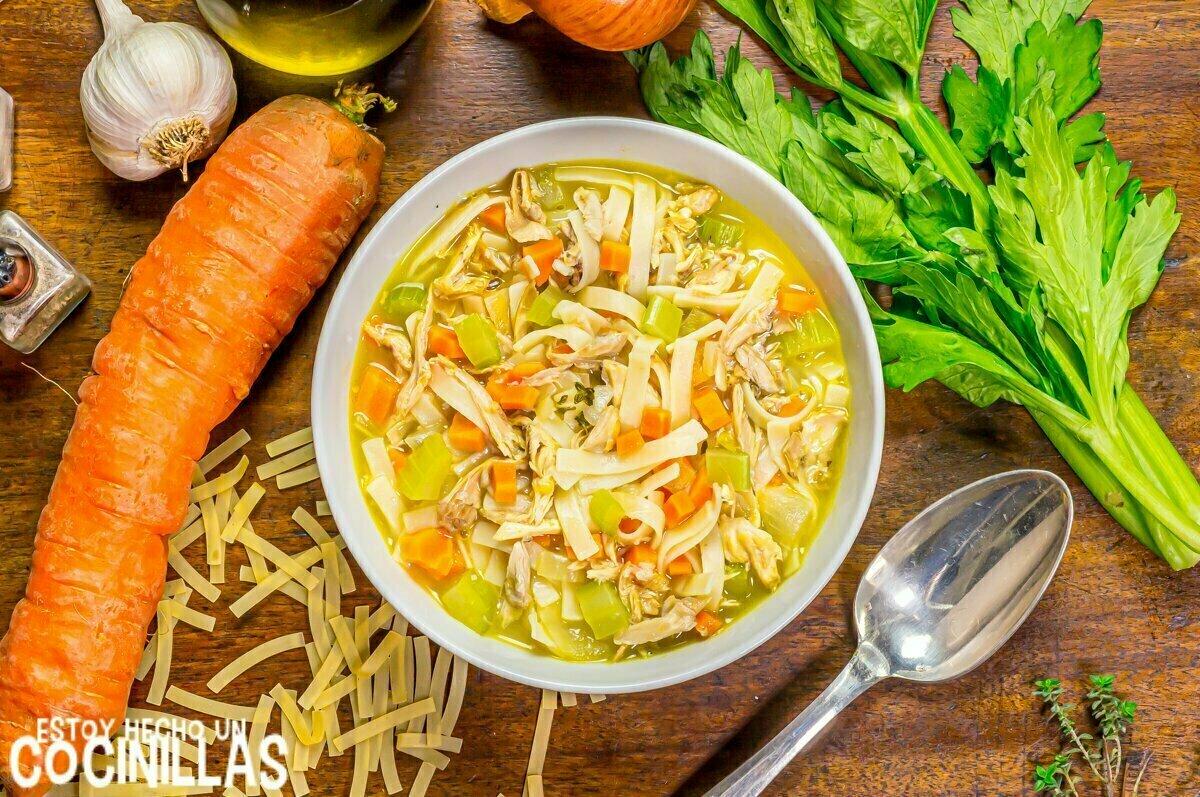 Cómo hacer chicken noodle soup