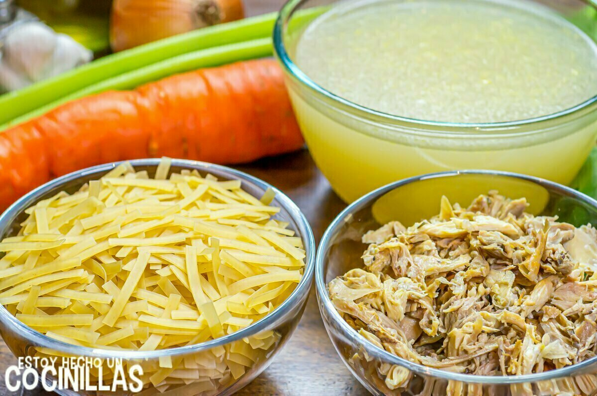 Ingredientes chicken noodle soup
