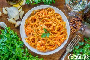 Linguini frutti di mare con calamares y gambas