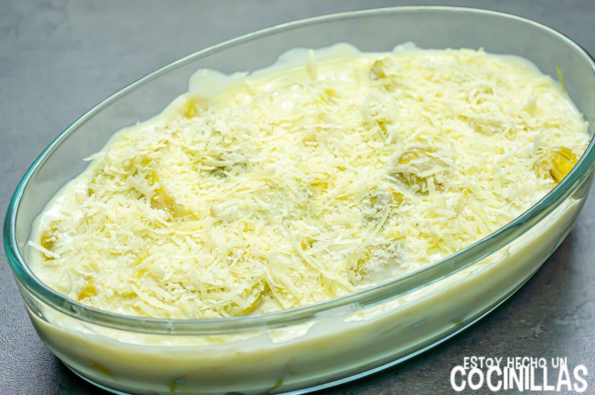 Coles de Bruselas con bechamel (queso rallado)
