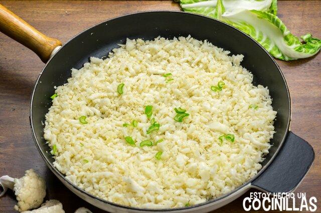 Cómo hacer colirroz, coliarroz o arroz de coliflor.