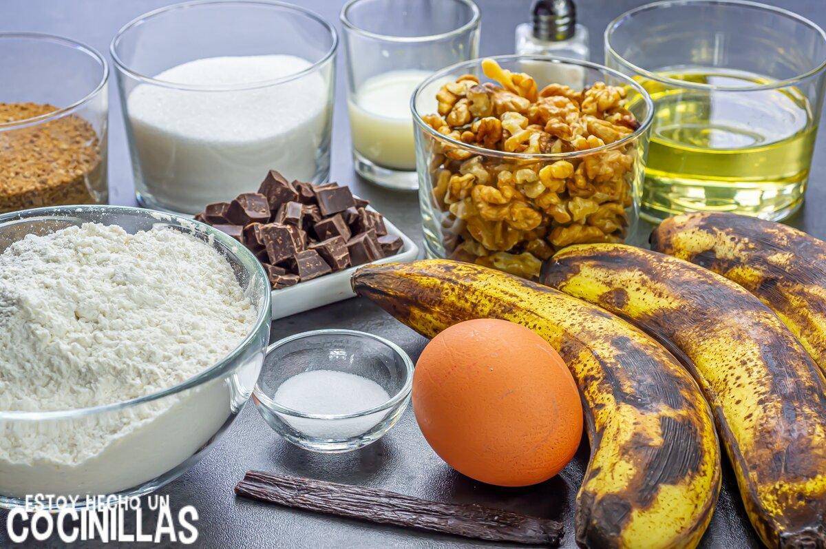 Ingredientes bizcocho de plátano, chocolate y nueces (banana bread)
