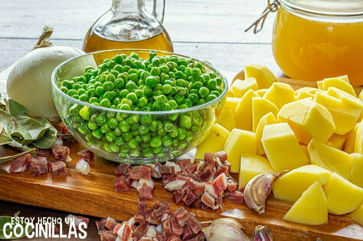 Ingredientes para guiso de patatas con guisantes y jamón
