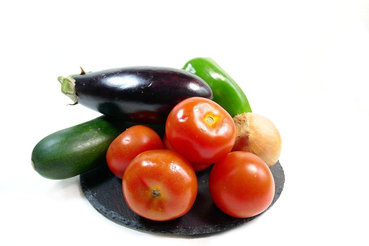 Ingredientes pisto casero de verduras