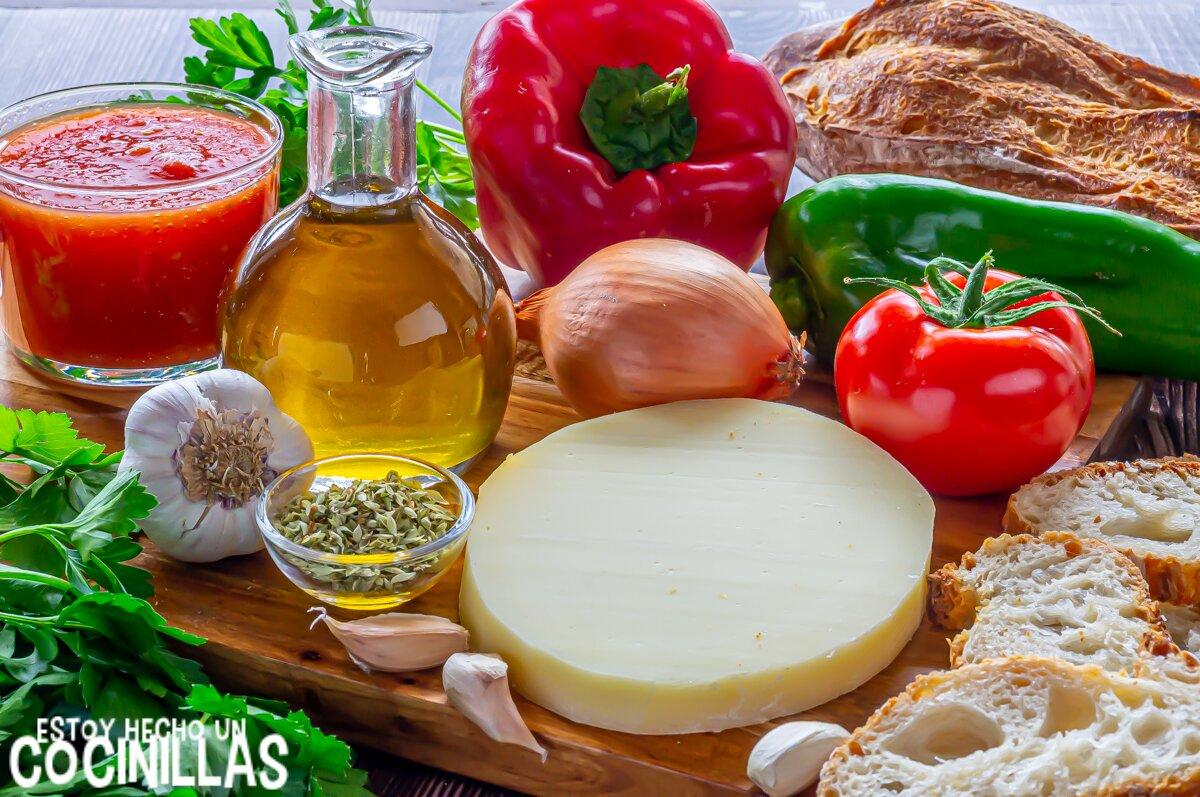 Provolone al horno con tomate y pimientos (ingredientes)