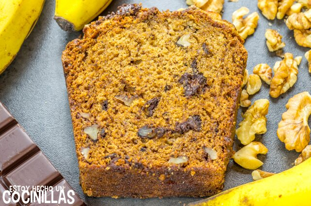 Receta de bizcocho de plátano, chocolate y nueces (banana bread)