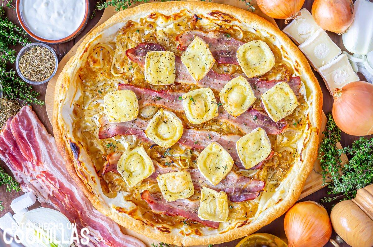 Receta de hojaldre de bacon y queso con cebolla