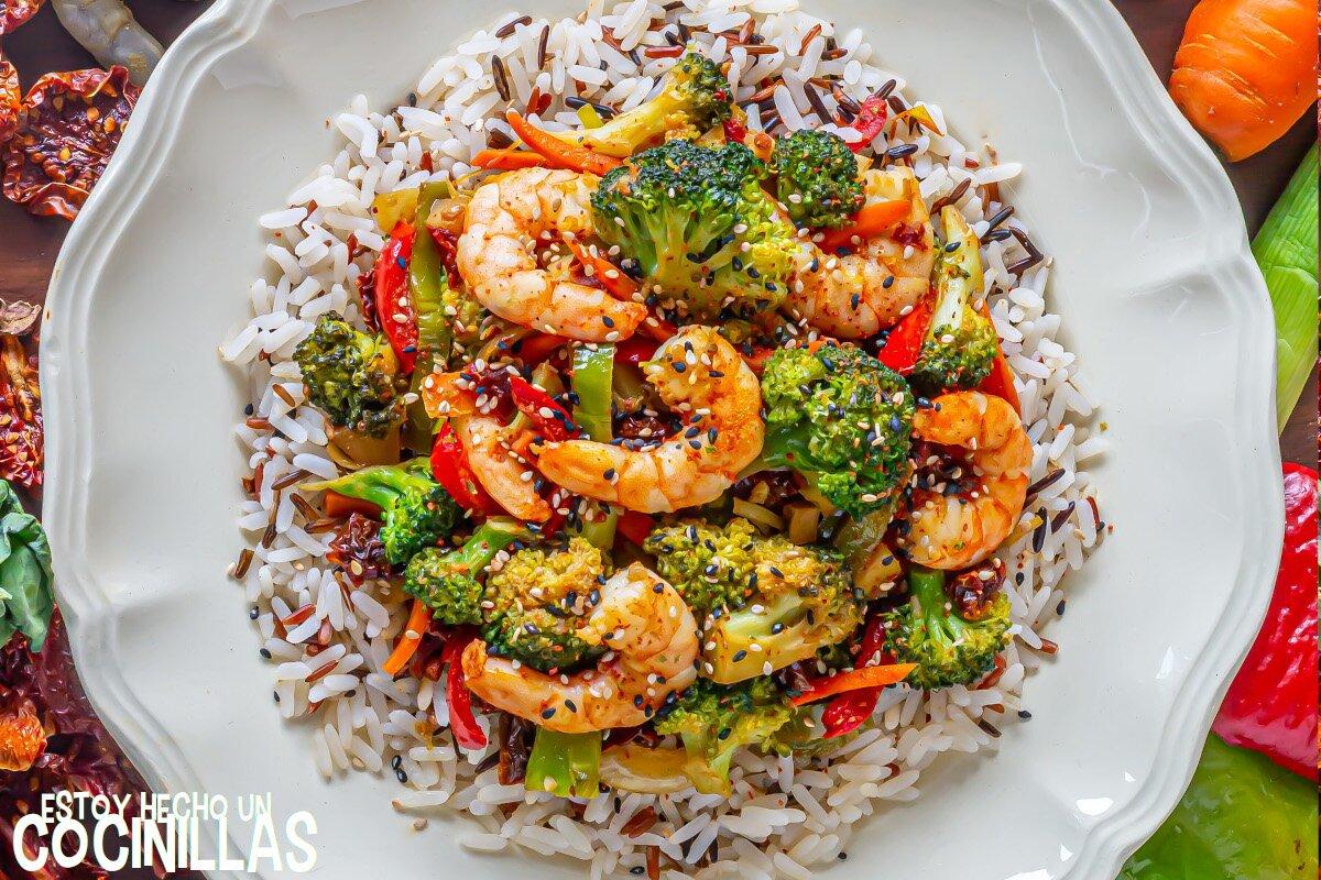Receta wok de verduras y gambas