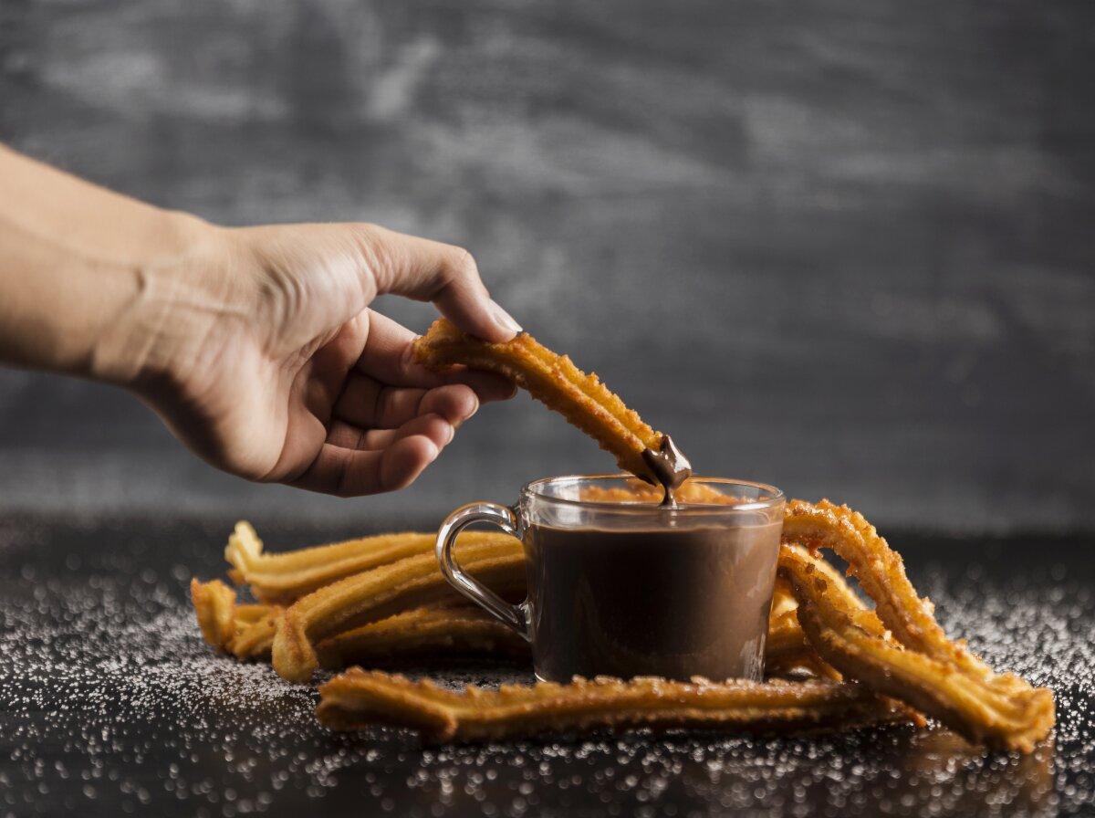 Chocolate a la taza con churros